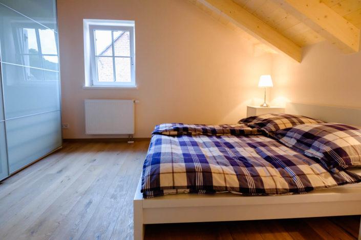 Ferienhaus / Ferienwohnung Schlafzimmer 2 mit Doppelbett im ersten Stock